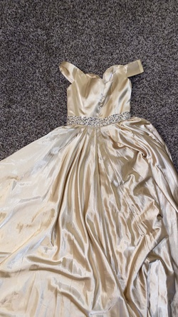 N/A Yellow Size 2 Ball gown on Queenly
