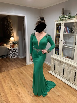 Queenly size 6  Green Mermaid evening gown/formal dress