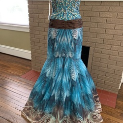 Jovani Multicolor Size 0 Plunge Jewelled Mermaid Dress on Queenly