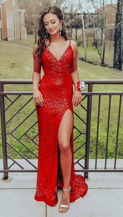 La Femme Red Size 0 Tall Height Straight Dress on Queenly
