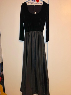 Jonathan Tait Black Size 10 A-line Dress on Queenly