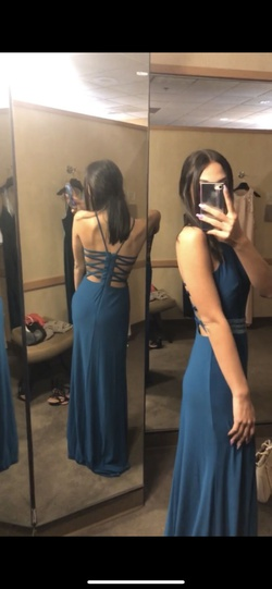 Blue Size 4 Straight Dress on Queenly