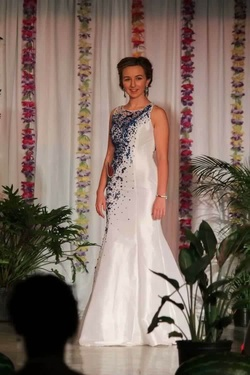 Rachel Allan White Size 2 Prom Pageant Mermaid Dress on Queenly