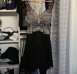 Dancing Queen Black Size 2 Flare Cocktail Dress on Queenly