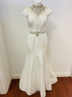 Envious Couture White Size 8 Cap Sleeve Plunge Pageant Mermaid Dress on Queenly