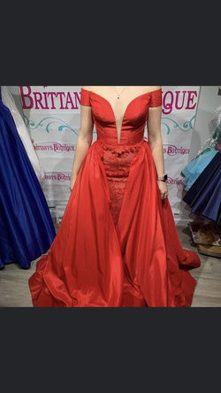 Tarik Ediz Red Size 8 Overskirt Pageant Lace Ball gown on Queenly