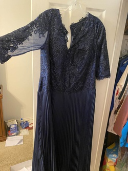 Queenly size 18  Blue Cocktail evening gown/formal dress