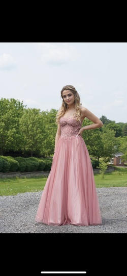 Queenly size 4  Pink Ball gown evening gown/formal dress