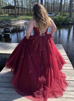 Queenly size 14 Sherri Hill Red Ball gown evening gown/formal dress