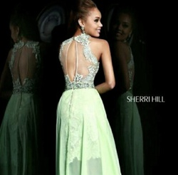 Sherri Hill Green Size 6 Prom Train Dress on Queenly