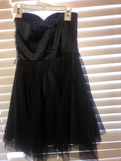 teeze me Black Size 4 Homecoming Cocktail Dress on Queenly