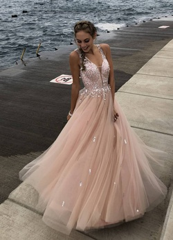 Queenly size 0  Pink Ball gown evening gown/formal dress