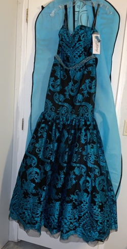 Queenly size 6  Blue Mermaid evening gown/formal dress