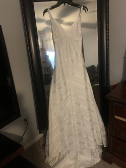 Watters Brides White Size 4 Backless Fitted Train Dress on Queenly