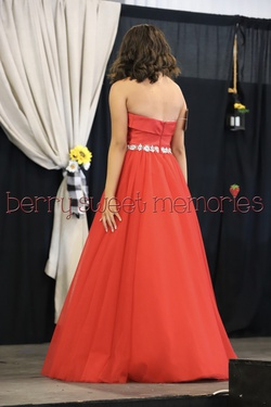 Jovani Red Size 2 Ball gown on Queenly