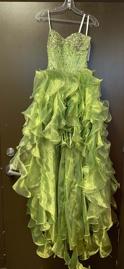 Queenly size 0  Green Train evening gown/formal dress