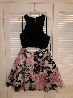 Xscape Multicolor Size 8 Pink Wedding Guest Cocktail Dress on Queenly