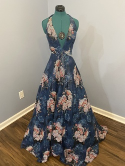 Jovani Multicolor Size 2 Ball gown on Queenly
