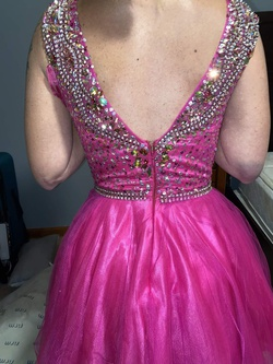 Jovani Hot Pink Size 4 Homecoming Cocktail Dress on Queenly