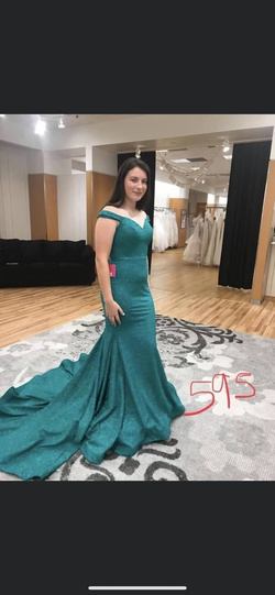 Jovani Green Size 8 Mermaid Dress on Queenly