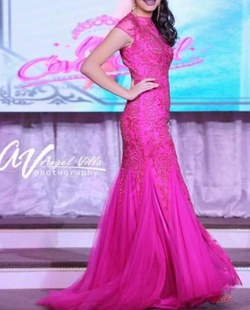 Sherri Hill Pink Size 2 Prom Straight Dress on Queenly