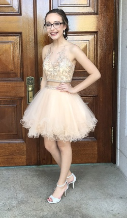 Juliet Nude Size 0 Two Piece Ball gown on Queenly