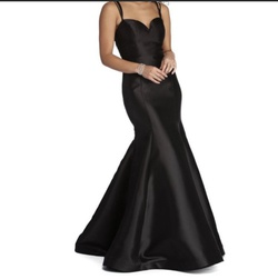 Queenly size 4 Windsor Black Mermaid evening gown/formal dress