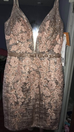 Jovani Light Pink Size 2 Mini Plunge Cocktail Dress on Queenly