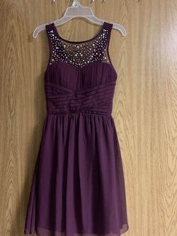 Windsor Red Size 0 Maroon Sequin Cocktail Dress on Queenly