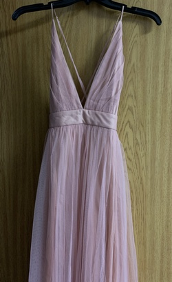 Windsor Light Pink Size 2 Plunge Side slit Dress on Queenly