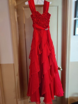 Queenly size 6  Red Ball gown evening gown/formal dress