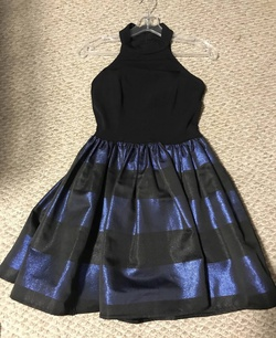 Jovani Blue Size 2 Cocktail Dress on Queenly