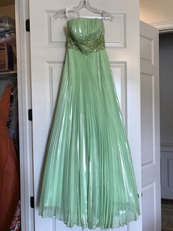 Queenly size 0  Green A-line evening gown/formal dress