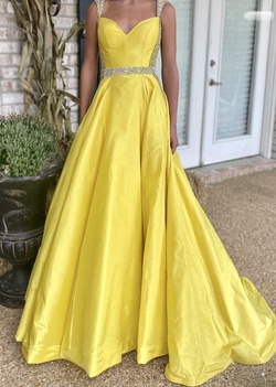 Jovani Yellow Size 0 Prom Belt Custom A-line Dress on Queenly