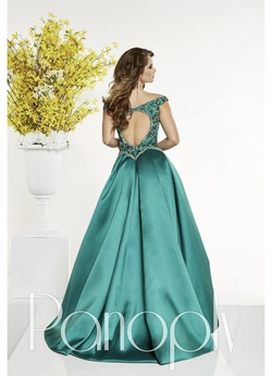 Panoply Green Size 00 Overskirt Straight Dress on Queenly