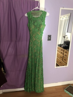 Queenly size 0 Jovani Green Mermaid evening gown/formal dress