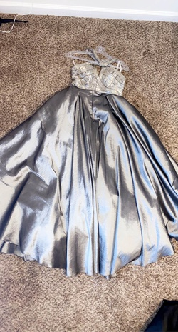 Queenly size 4 Karishma Creations Silver Ball gown evening gown/formal dress