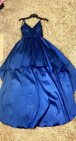 Blue Size 6 Train Dress on Queenly