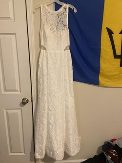 Queenly size 6  White Mermaid evening gown/formal dress