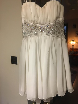 Queenly size 8  White Cocktail evening gown/formal dress