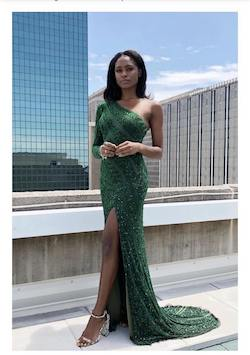 Queenly size 6 Rene the Label Green Straight evening gown/formal dress