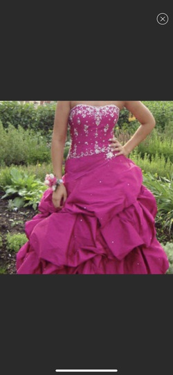 Queenly size 4 Peaches Pink Ball gown evening gown/formal dress