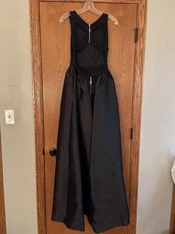 Windsor Black Size 4 Tall Height A-line Dress on Queenly