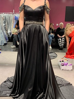 Sherri Hill Black Size 0 Pageant Silk Ball gown on Queenly
