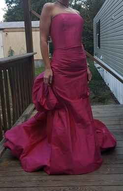 Queenly size 8 Jovani Pink Train evening gown/formal dress