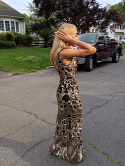 Gold Size 00 Straight Dress on Queenly