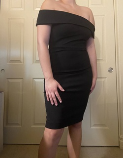 Queenly size 2  Black Cocktail evening gown/formal dress