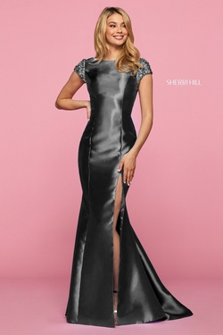 Style 53335 Sherri Hill Black Size 4 Prom Side slit Dress on Queenly