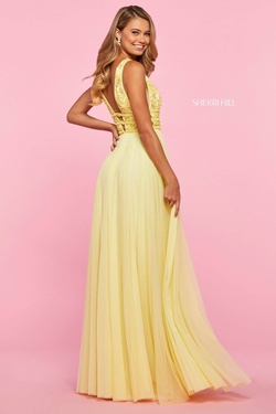 Style 53551 Sherri Hill Yellow Size 10 Plunge Straight Dress on Queenly