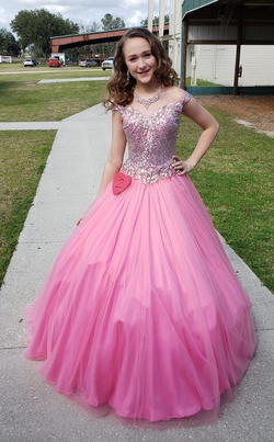 Queenly size 0 M Culture Pink Ball gown evening gown/formal dress